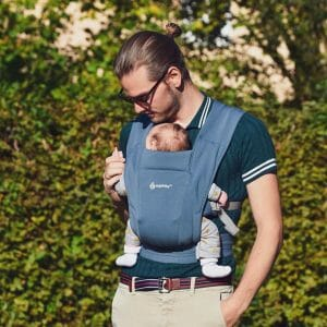 Embrace Newborn Carrier | @flying_daddy_george