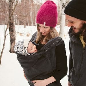 10 Parent Tips for Keeping Baby Cosy in Winter | Ergobaby UK | Winter Weather Cover