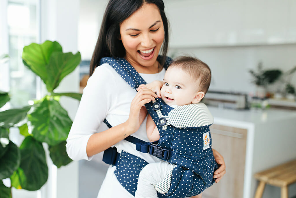 Ergobaby UK | The Joy of Babywearing GIVEAWAY! | #EBW2019 | European Babywearing Week