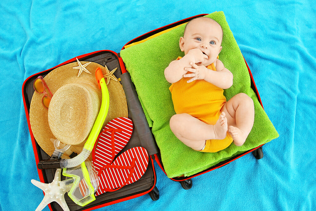 Top Tips for Flying with Baby | Ergobaby