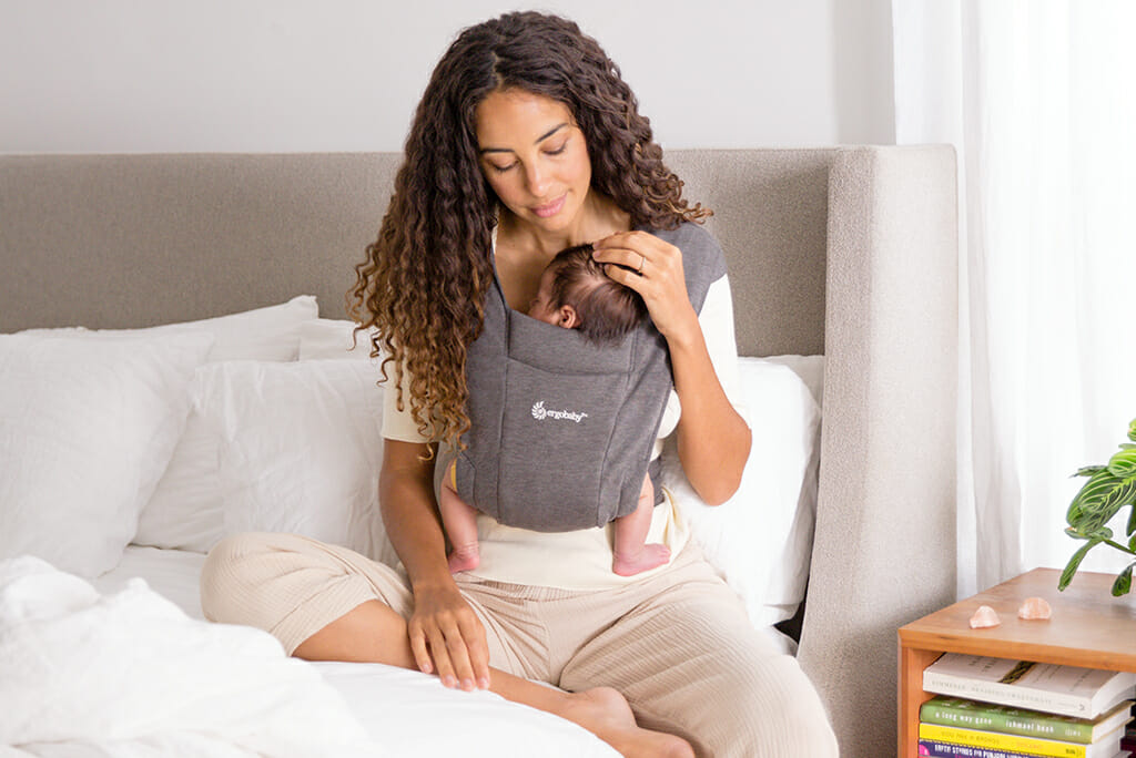 Embrace Motherhood | Ergobaby Embrace Newborn Baby Carrier Heather Grey