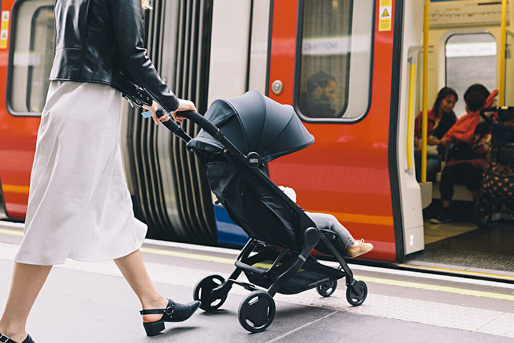 Surviving Family Visits with Baby : 11 Essential Tips | Ergobaby Metro Compact City Stroller in Black